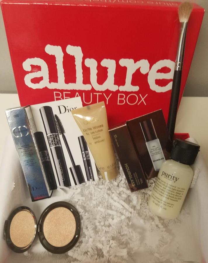 Allure Beauty Box December2017